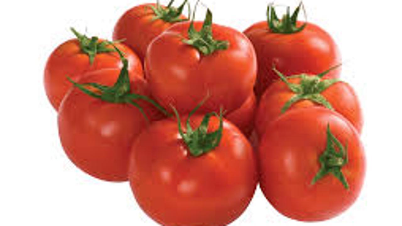 لمحاربة الشيخوخة عليك بتناول الطماطم..!