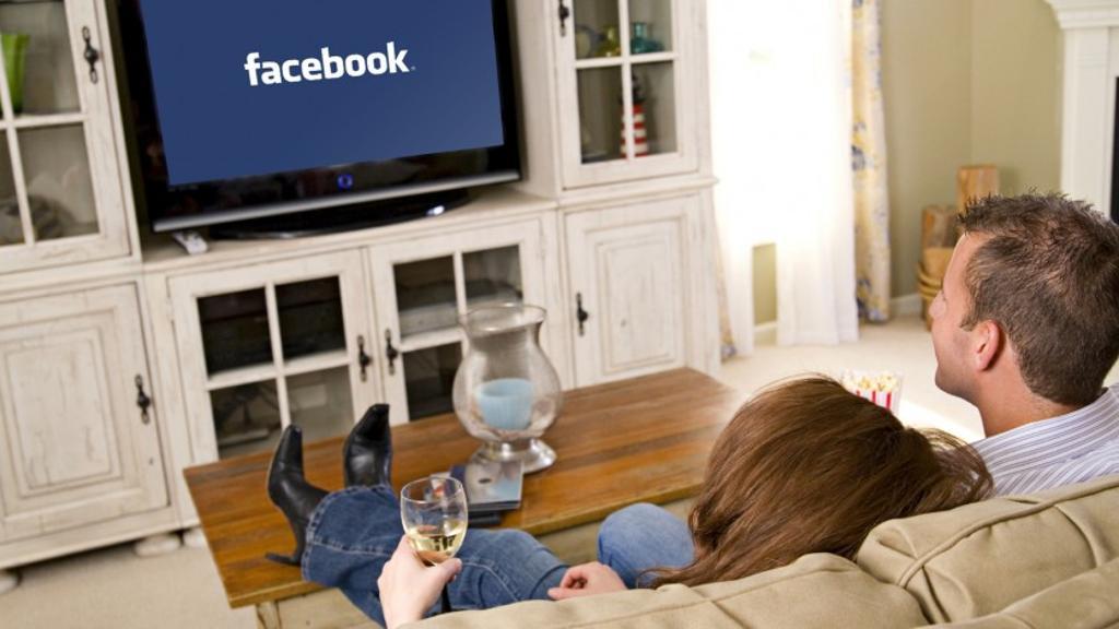 خدمة فيس بوك التلفزيونية