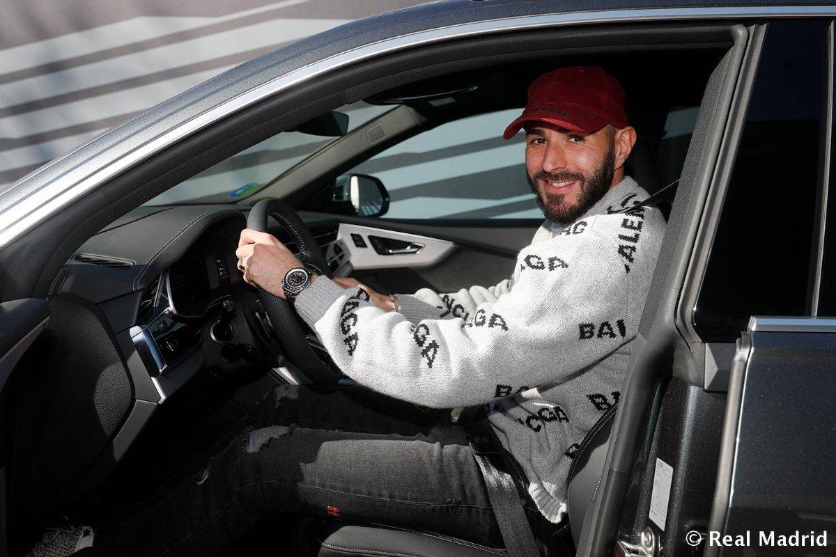 نتيجة بحث الصور عن سيارات اودي للاعبي ريال مدريد