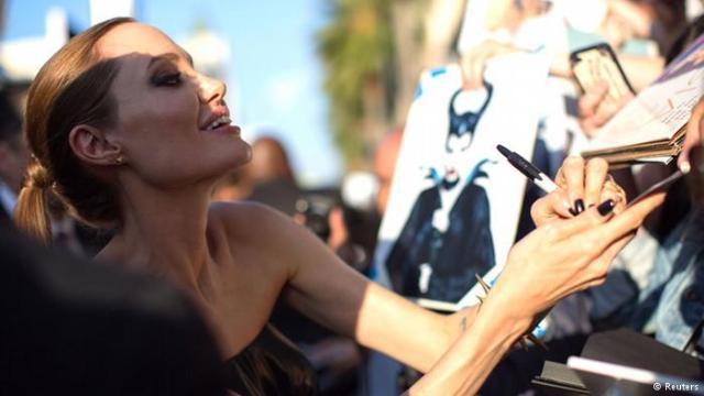 القرصنة تفضح أنجلينا جولي